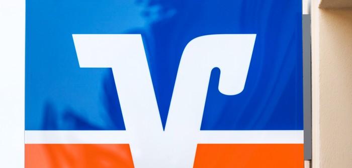 Fusion: Volksbank fusioniert 11x in einem Monat (Foto: shutterstock - Tobias Arhelger)